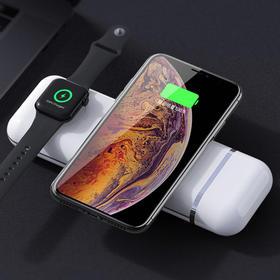 【为思礼】苹果多功能四合一 移动充电宝 无线快充模式 10W无线大功率 可实现两者同时无线充电 充电自带磁吸功能 充电一次持久续航