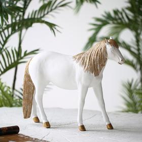 北欧风树脂马摆件创意轻奢装饰品客厅酒柜电视柜办公室桌面摆件
