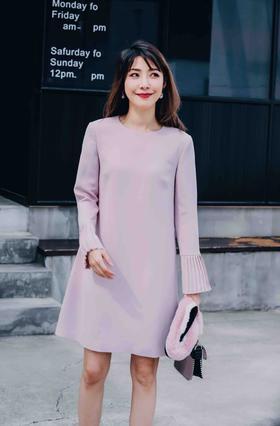 MAISON COVET自有品牌 裸粉色袖口细节连衣裙
