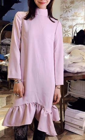 MAISON COVET自有品牌 裸粉色附腰带半高领连衣裙