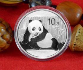 2015年熊猫银币30克银币·999纯银(带红盒)