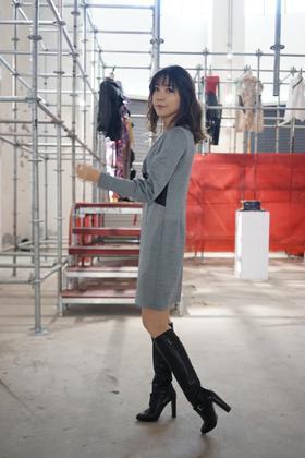 MAISON COVET自有品牌 灰色长袖 连衣裙