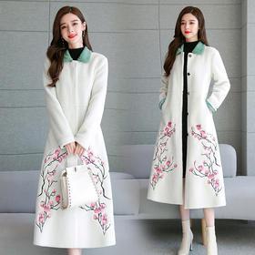 CQ-ZMFS91053新款复古绣花时尚羊糕毛大衣TZF