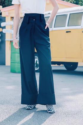 现货  MAISON COVET自有品牌 交错造型黑色西装裤