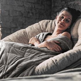 【黑科技,一夜拥有好睡眠】美国狂卖100万条 朴眠重力压感毯 盖上就犯困  睡不好宝宝福音~