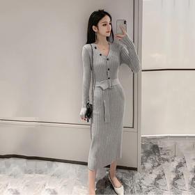 【寒冰紫雨】 2020春装新品 V领长袖连衣裙 OL休闲风扣中长款裙子  AAA7612