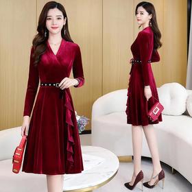 时尚V领,收腰显瘦金丝绒连衣裙CQ-YBX5832