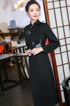 XGT-Q9394新款绣花新式改良中国风复古日常旗袍连衣裙