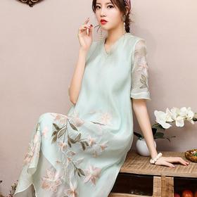 刺绣中国风,V领短袖宽松大码中长款连衣裙OG-99385