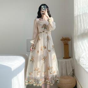 【寒冰紫雨】 法式风超仙连衣裙 气质显瘦收腰中长款网纱刺绣裙子 超仙甜美长裙   AAA7796