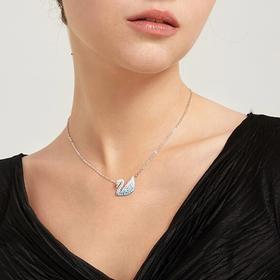 施华洛世奇项链|玛丽莲梦露挚爱的水晶,戴上它,穿得再朴素也能迷倒一片