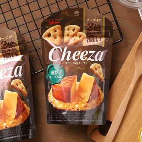 格力高cheese奶酪角切小饼干 | 浓厚奶酪美味,薄脆造型,风味十足。