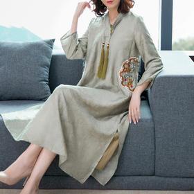 AHM-as8201新款中国风复古刺绣改良汉服V领舒适连衣裙TZF
