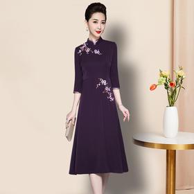 TZF-J-QL8281新款高档修身显瘦中国风重工绣花连衣裙TZF