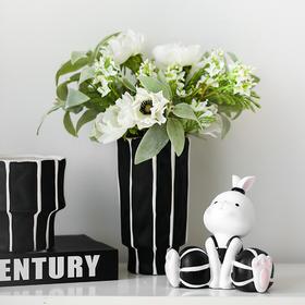 现代简约陶瓷花瓶插花花器摆件家居饰品条纹花瓶餐桌客厅装饰品