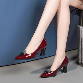 时尚浅口,漆皮真皮尖头粗跟皮鞋OLD-7231