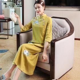 OG52883新款复古花朵刺绣立领盘扣连衣裙TZF