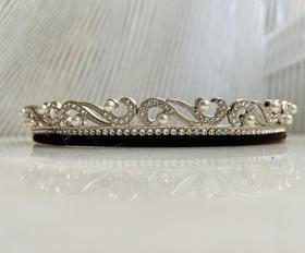 Maison Covet 水晶珍珠复古皇冠造型发箍