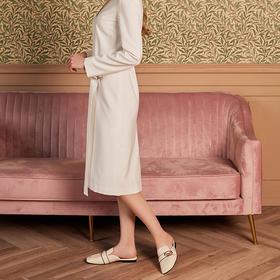 【为舒适而生】WAYNE FLEX 韦恩2020新款 平底羊皮 绗缝字母穆勒拖 女 5050