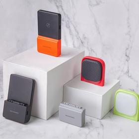 第二代粘贴式无线快充 Libtech BricksPower模块化移动电源便携手机无线快充
