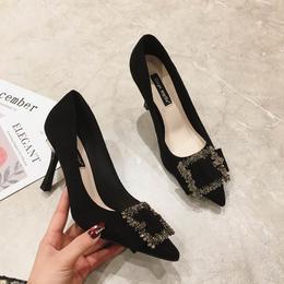 特卖价143一奇女鞋 2020新款百搭浅口通勤水钻方扣复古尖头细跟高跟鞋女 MZ687-3#OU yf