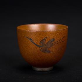 雅市·酱釉仙鹤杯