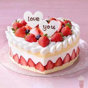 心形❤️草莓🍓蛋糕