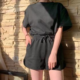 2020年新款 韩国档口老板娘同款 运动套装 短袖T恤+短裤