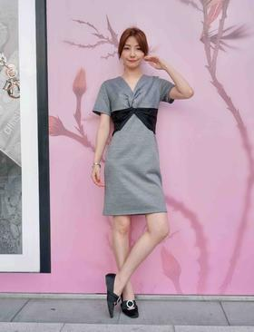 MAISON COVET自有品牌 灰色连衣裙