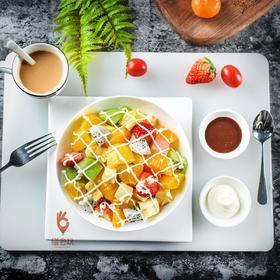 【沙拉】美味沙拉 白火龙果+哈密瓜+口口蜜+香蕉+蓝莓