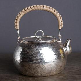 手工锤纹银壶