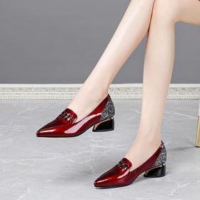 OLD3163新款时尚真皮尖头浅口百搭粗跟单鞋TZF