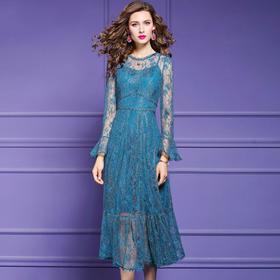 FMY30379新款优雅气质修身显瘦拼接蕾丝喇叭袖连衣裙TZF