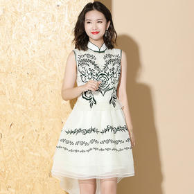 XZY-QF-1912057新款欧根纱绣花复古连衣裙TZF