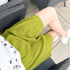 轻松显瘦20斤!【时尚百褶阔腿短裤】宽松版型设计,遮肚子、胯、大腿,清凉舒适,出门百搭!