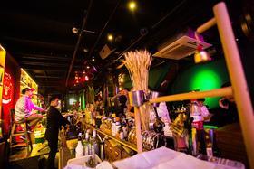 【月河】168元抢摩范酒吧原价288元套餐含百威一打、小食一份、果盘一份!超值!