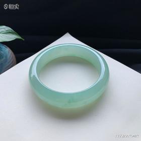 58.3mm糯种绿底翡翠手镯