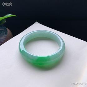 58.6mm糯种绿色翡翠手镯