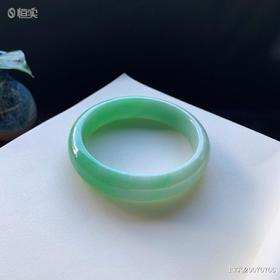 59.6mm糯种绿色翡翠手镯