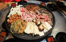 【磨子桥地铁D口·道道馋烤肉】88元购门市价296元2-3人超值套餐(11荤+5素+油碟)!正宗川式烤肉,直达心底的美味!