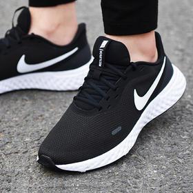Nike 耐克NIKE REVOLUTION 5男子跑步鞋轻盈缓震BQ3204【门店发货】
