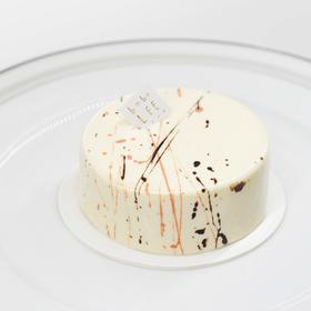 白巧覆盆子罗勒蛋糕