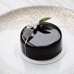 牛奶巧克力朗姆酒蛋糕