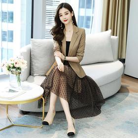 HRFS-WQ8339新款时尚优雅气质修身小西装外套吊带裙两件套TZF