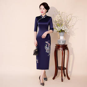 复古高端纯色,刺绣七分袖旗袍QQ-9756
