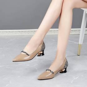 简洁大方舒适,低跟浅口单鞋BY-DP-669