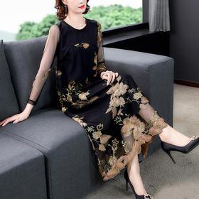 NYL079672新款时尚优雅气质圆领长袖蕾丝刺绣连衣裙TZF