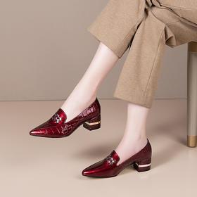 真皮百搭粗跟小皮鞋,时尚金属尖头单鞋LD-802