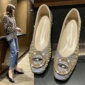 LN592新款潮流时尚气质方头水钻浅口单鞋TZF