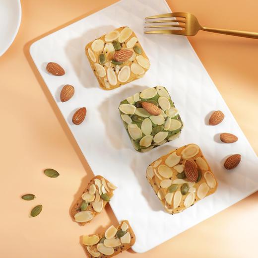 【好麦多】奇亚籽燕麦牛乳坚果酥60g抹茶味原味酥性饼干零食小吃60g/袋 商品图0